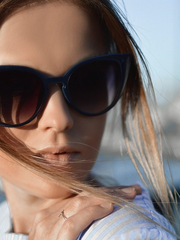 What sunglasses shape is right for me?