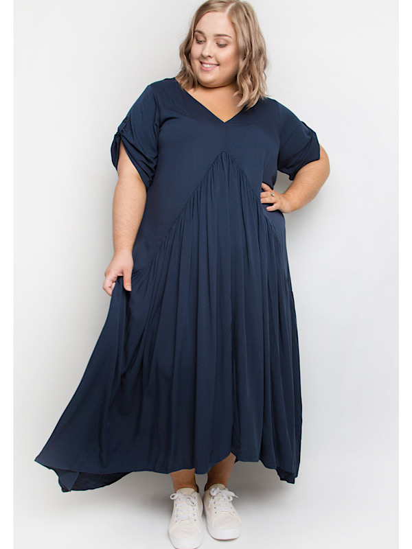 Peak maxi dress curvy navy