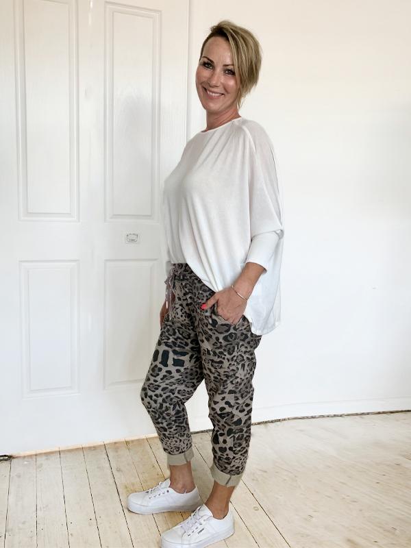 Leopard Jeggings everyday knit Side