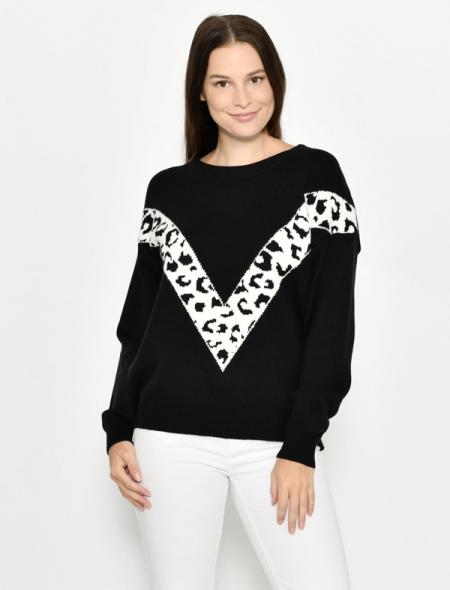 Warm winter jumper black