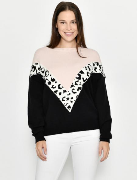 Warm winter jumper pink