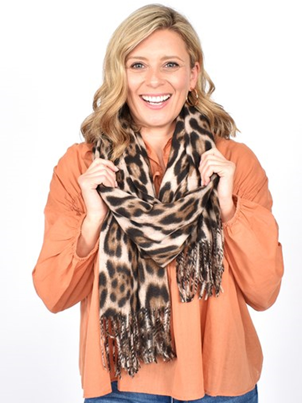 Winter scarf - Beige with model