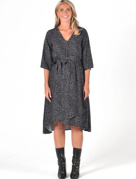 Wanetta wrap dress front