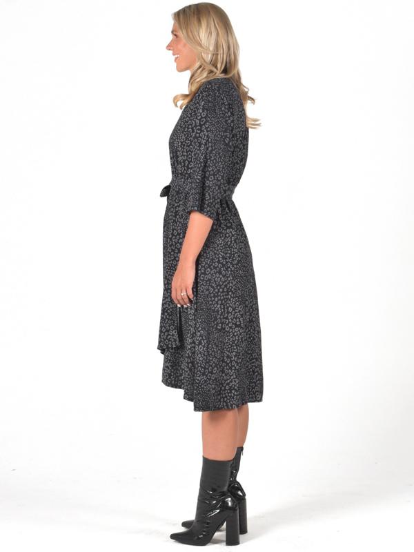 Wanetta wrap dress side